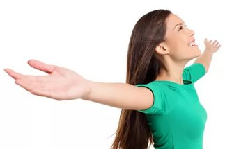 Поднимать руки вверх после маммопластики
