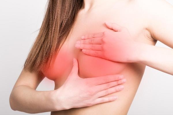 Маммопластика во время месячных
